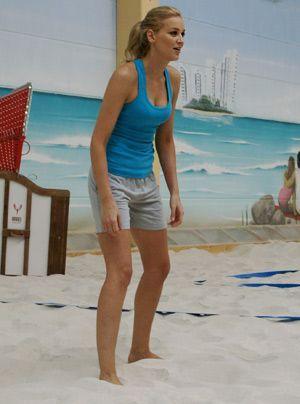 Verena wartet auf den kommenden Ball. - Bildquelle: Danilo Brandt - Sat.1