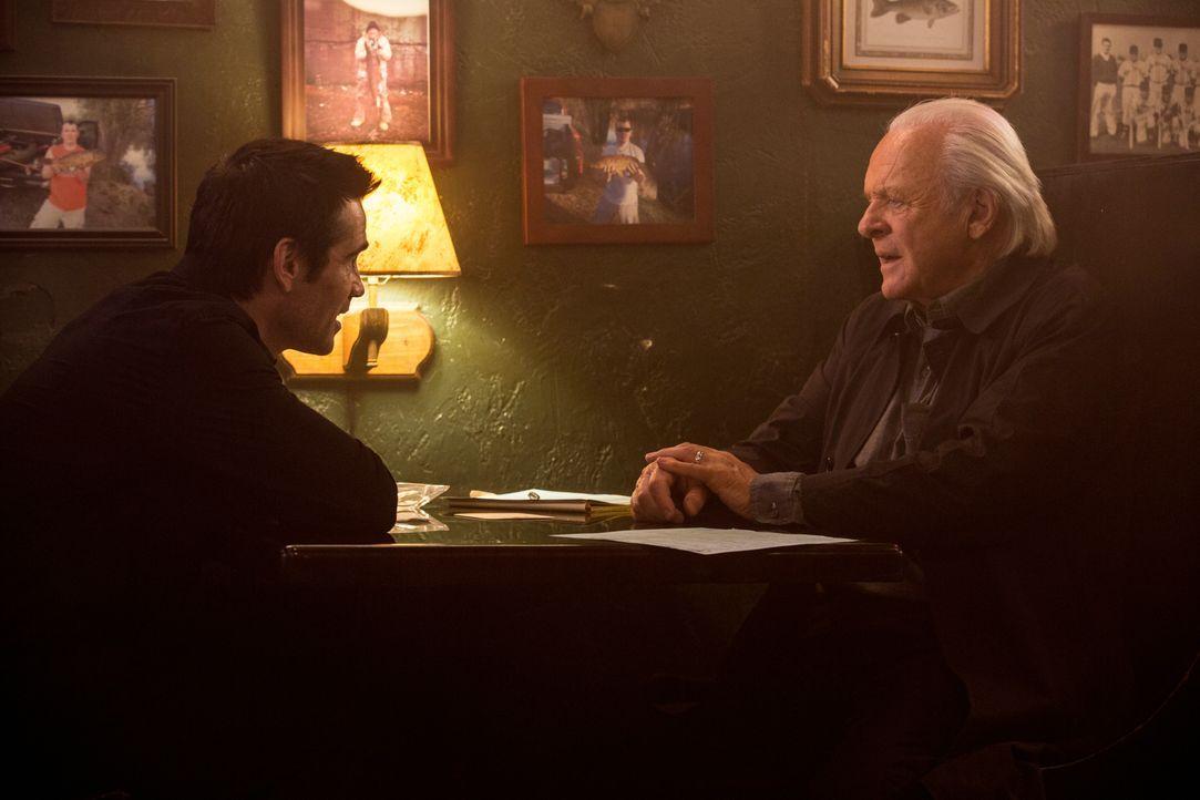 Charles Ambrose (Colin Farrell, l.); John Clancy (Anthony Hopkins, r.) - Bildquelle: 2015 Concorde Filmverleih GmbH