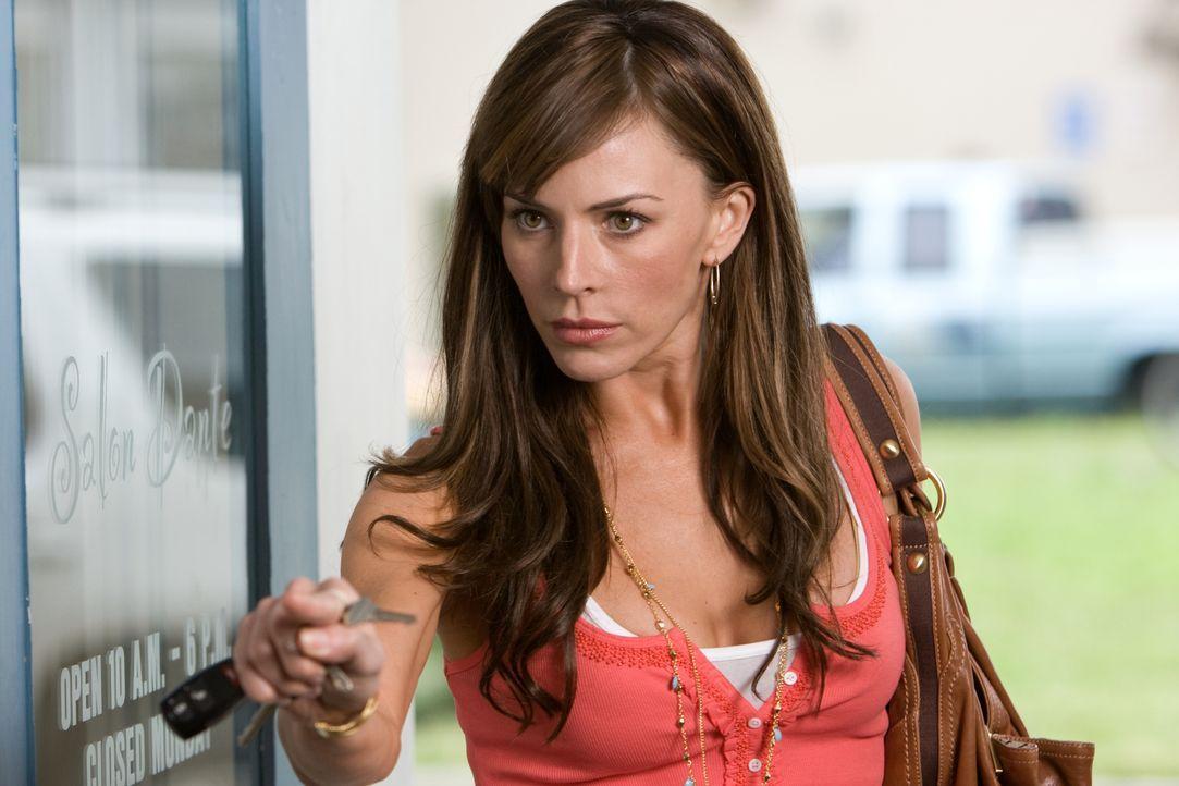 Samantha (Krista Allen) weiß nocht nicht, dass der Tod Dutzende von Helfershelfern hat ... - Bildquelle: MMVII New Line Productions, Inc.
