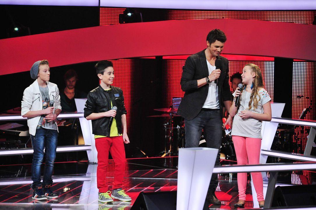 The-Voice-Kids-Stf02-Epi07-Vanessa-Joel-Leif-3-SAT1-Andre-Kowalski - Bildquelle: SAT.1/Andre Kowalski