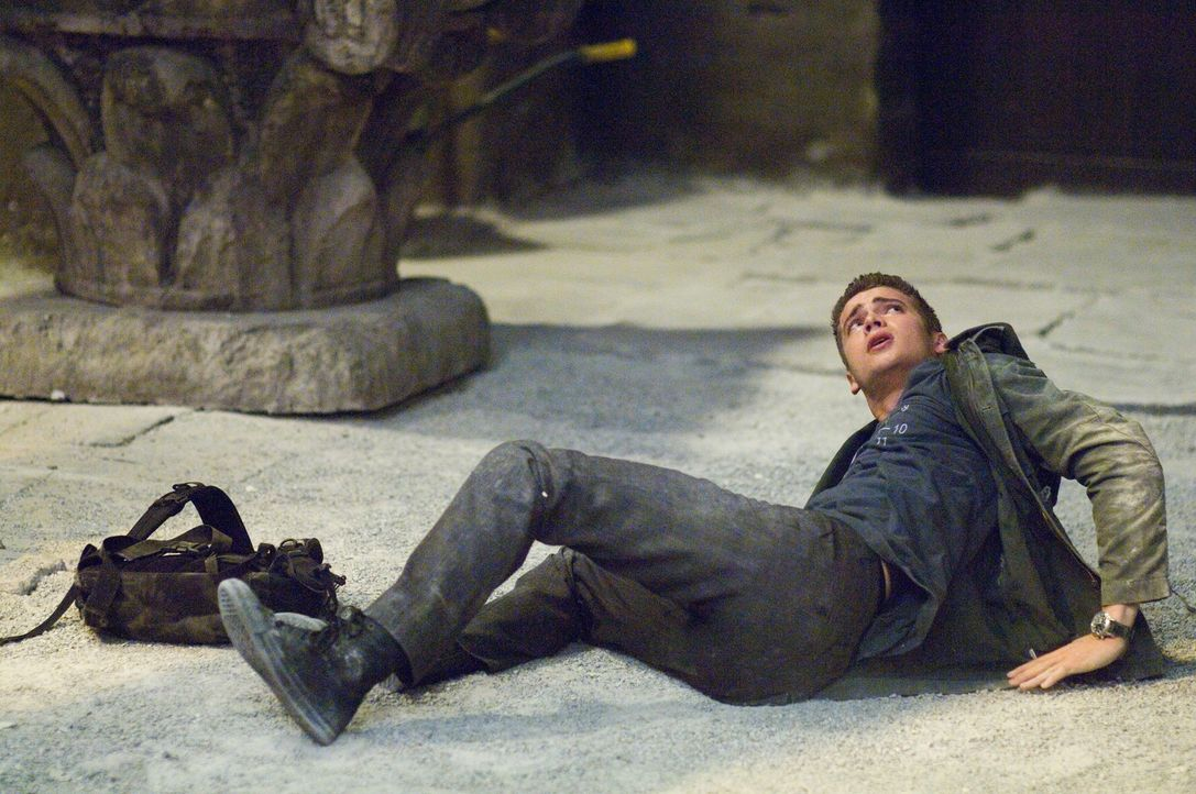 """Kaum hat David (Hayden Christensen) seine besondere Gabe, die Fähigkeit, sich kraft seiner Gedanken zu teleportieren, zu """"jumpen"""", in Gang gesetzt,... - Bildquelle: 2007 Epsilon Motion Pictures GmbH"""