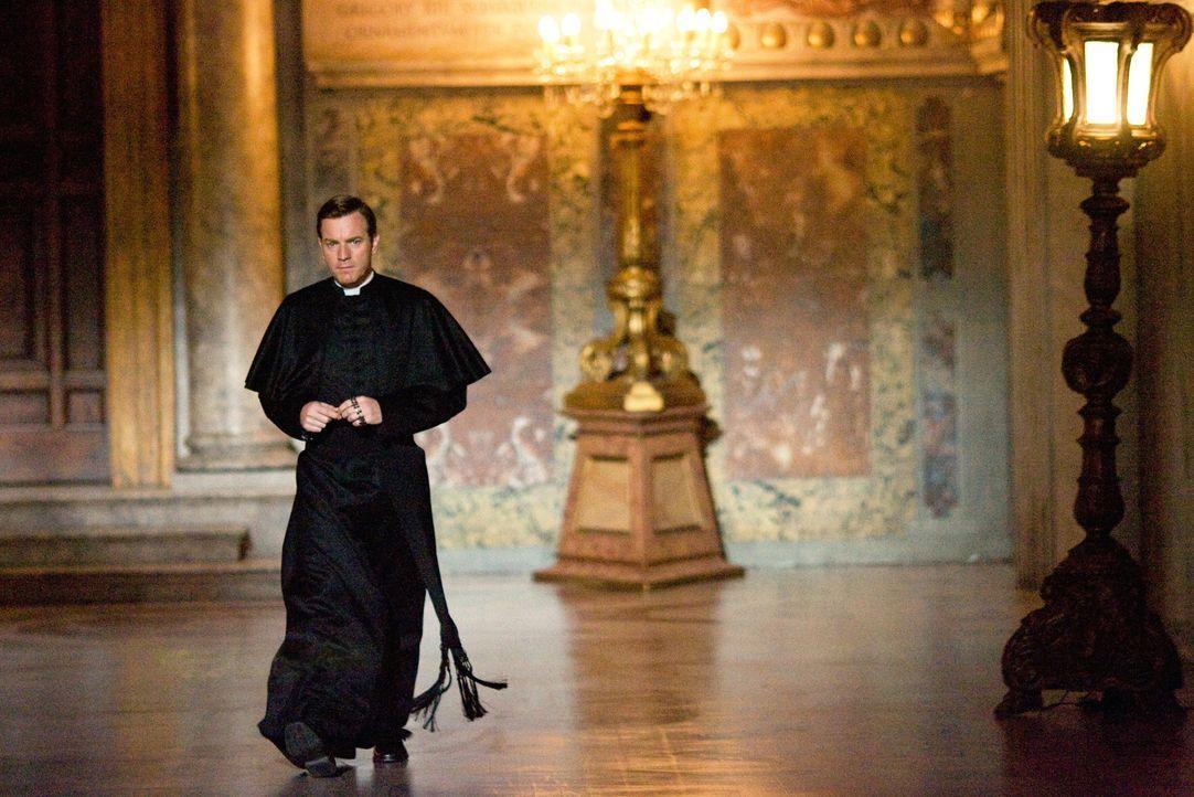 Der Camerlengo des verstorbenen Papstes, Patrick McKenna (Ewan McGregor), ist nicht der, für den ihn viele halten ... - Bildquelle: 2009 Columbia Pictures Industries, Inc. All Rights Reserved.