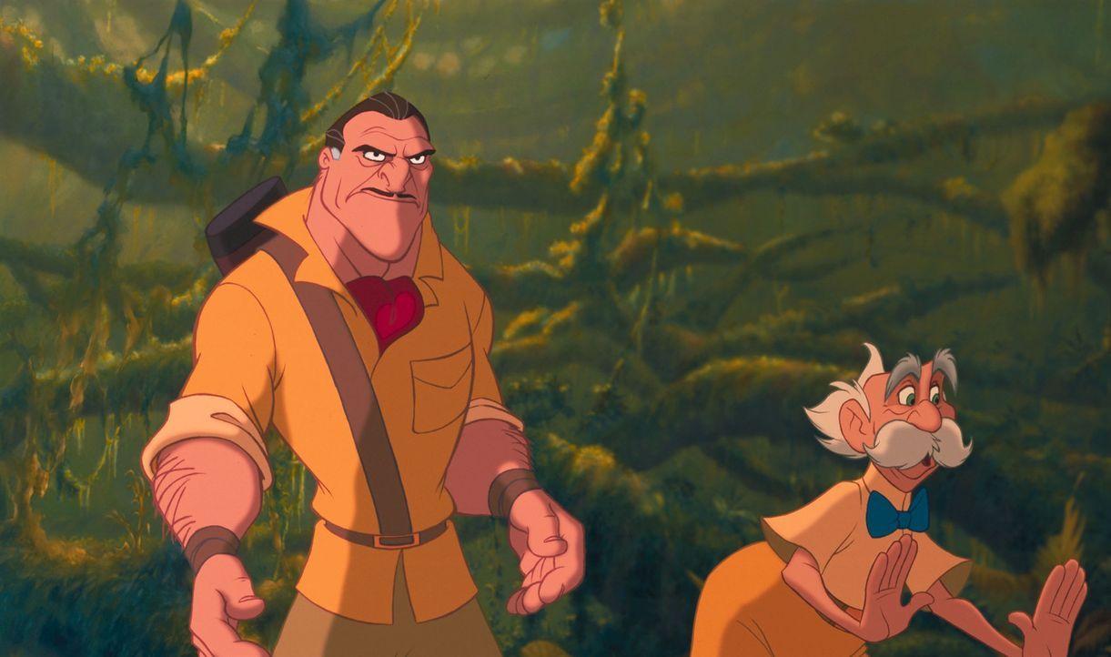 Noch ahnt der liebenswürdige Professor Archimedes Porter, r. nicht, dass sein Jagdführer Clayton, l. ein ganz fieses Spiel mit ihm treibt ... - Bildquelle: Edgar Rice Burroughs Inc. and Disney
