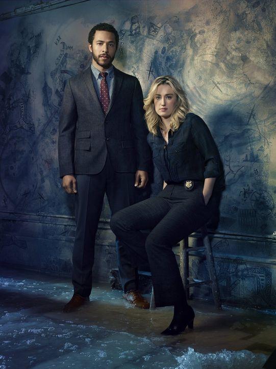 (2. Staffel) - Neue und wichtige Aufgaben warten auf Dr. Borden (Ukweli Roach, l.) und Patterson (Ashley Johnson, r.) ... - Bildquelle: Warner Brothers.