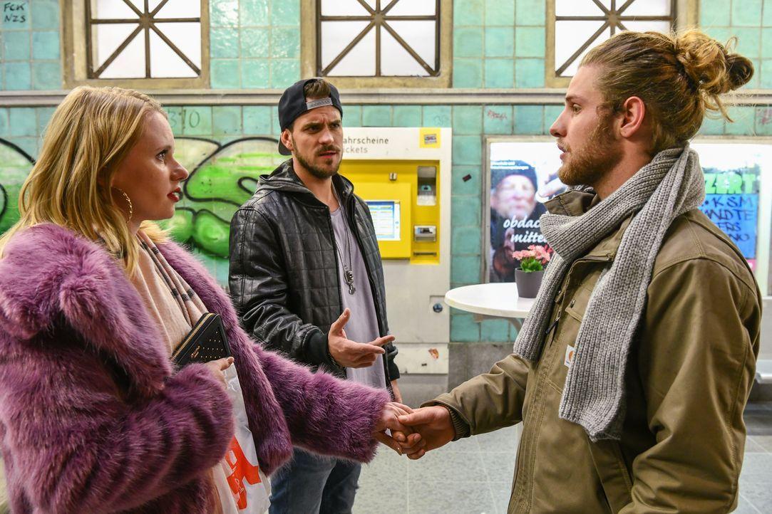 (v.l.n.r.) Anja (Franziska Breite); Rocko (Marc Barthel); Henning (Martin Augustin Schneider) - Bildquelle: Oliver Ziebe SAT.1/Oliver Ziebe