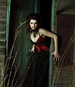 Vampire tragen ihre Haare im elegant hoch toupierten oder glatt zurückgekämmt...