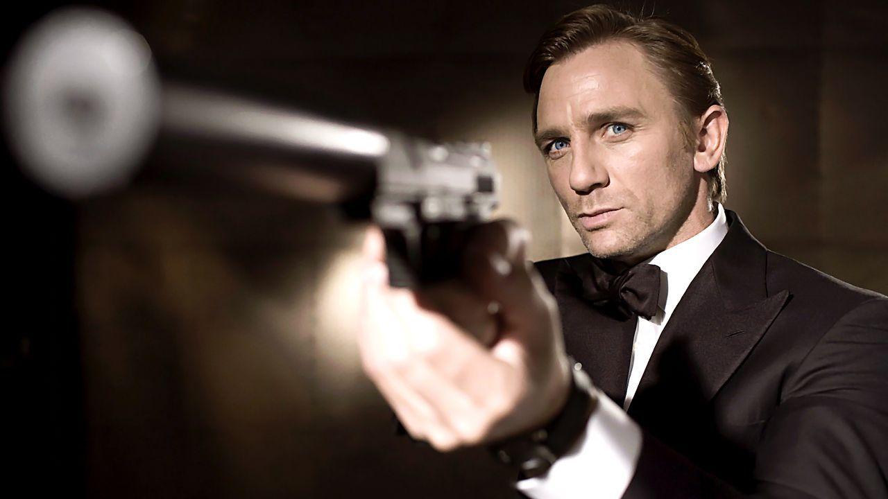 James-Bond-13-dpa - Bildquelle: dpa