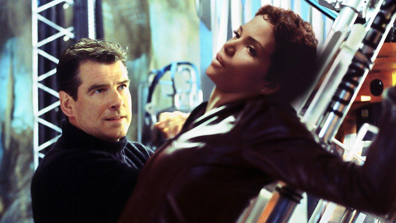 James-Bond-03-dpa - Bildquelle: dpa