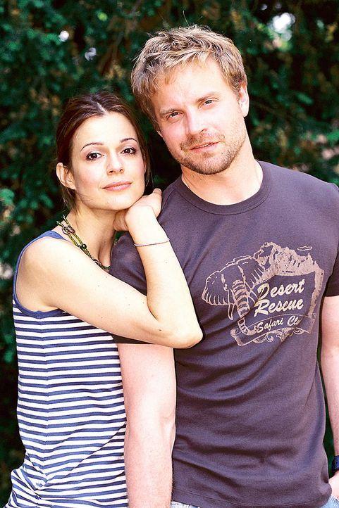 Paula (Suzan Anbeh, l.) und Ben (Janek Rieke, r.) - Bildquelle: Sat.1