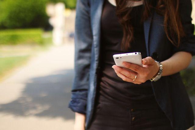 Finger weg vom Smartphone!Während der ersten Minuten nach dem Aufstehen befi...