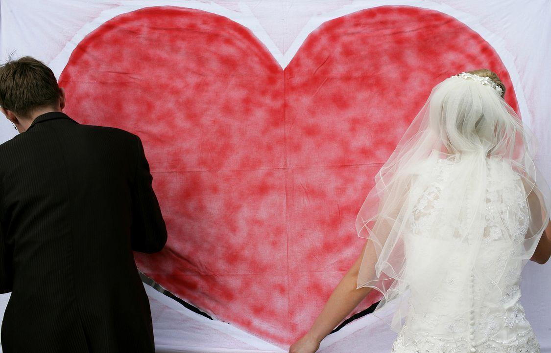 die-perfekte-Hochzeit-17-dpa-tmn - Bildquelle: dpa tmn