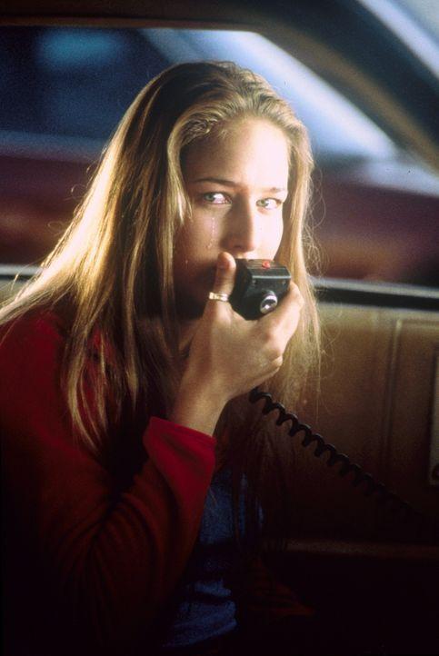 Eines Tages schickt Venna (Leelee Sobieski) einen fatalen Funkspruch in die Welt, der sie in ein mörderisches Spiel hineintreibt ... - Bildquelle: 20th Century Fox