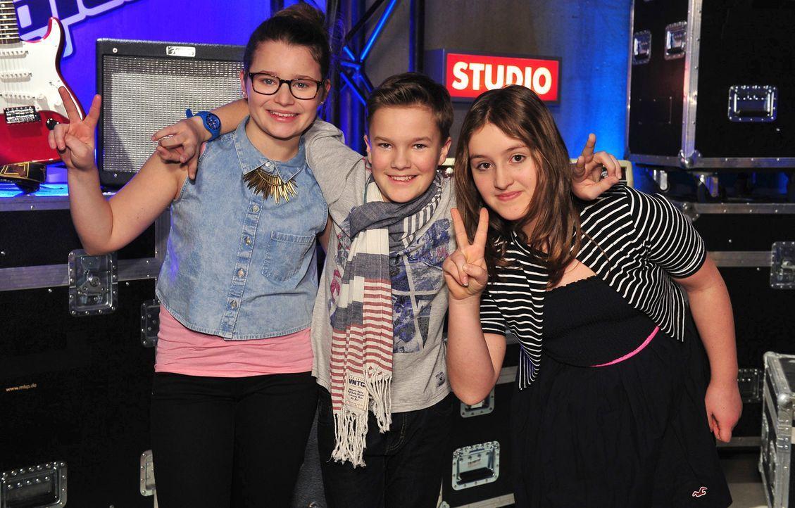 The-Voice-Kids-Stf02-Epi06-Simon-Patrizia-Helena-151-SAT1-Andre-Kowalski - Bildquelle: SAT.1/Andre Kowalski