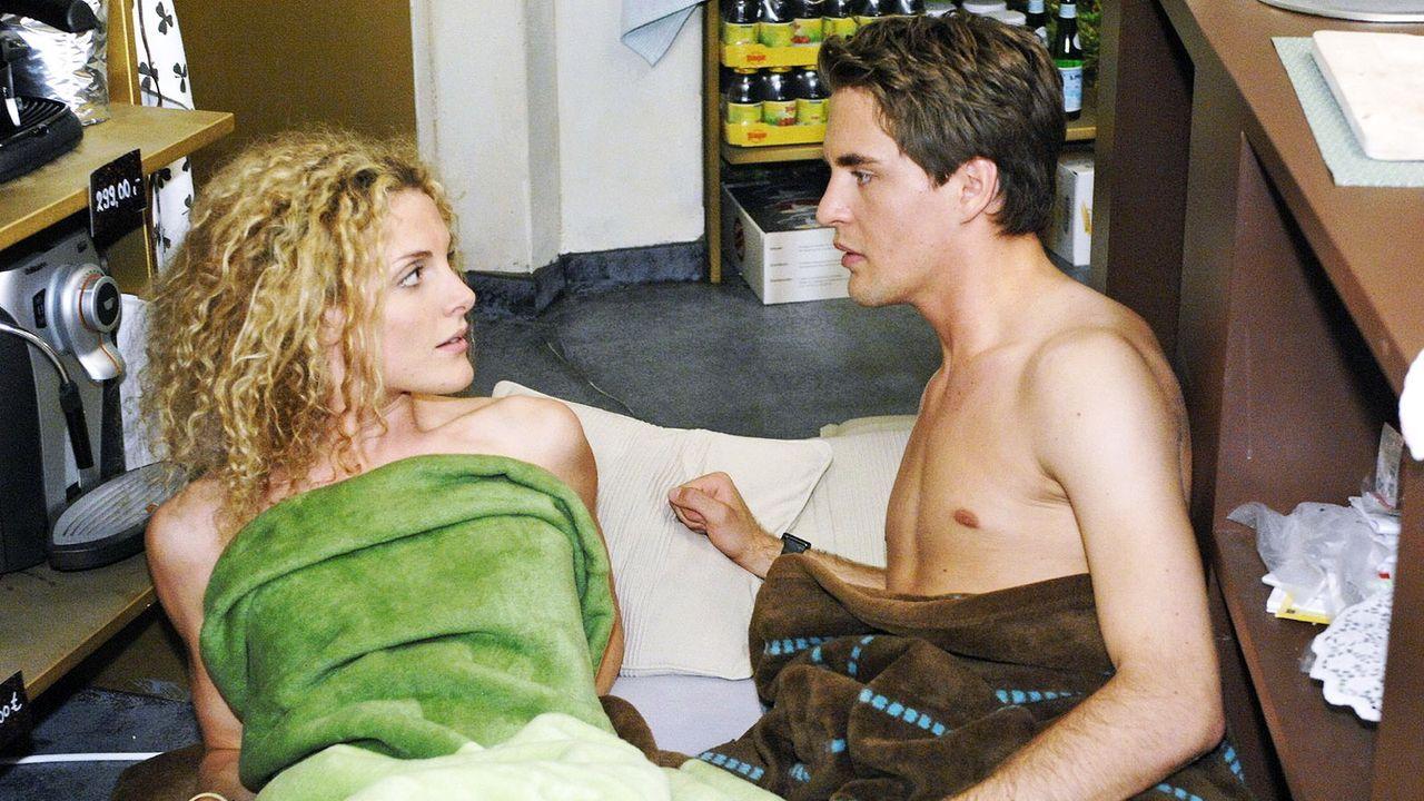 Anna-und-die-Liebe-Folge-24-01-sat1-oliver-ziebe - Bildquelle: SAT.1/Oliver Ziebe