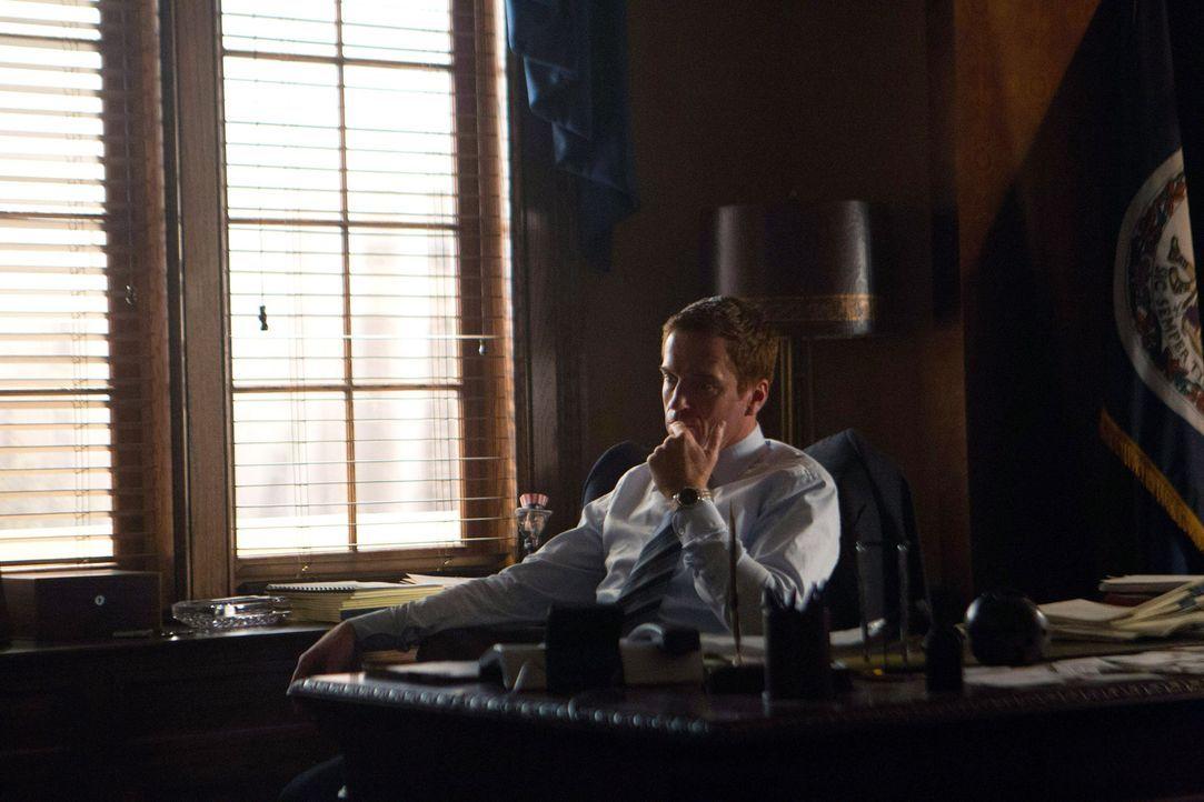 Während Carrie wieder für die CIA arbeitet, findet Jessica heraus, dass ihr Mann Brody (Damian Lewis), ein Muslim ist, was sie schockiert ... - Bildquelle: 20th Century Fox International Television