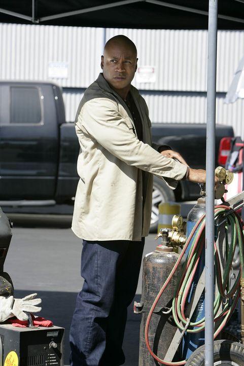 Die Ermittlungen in einem neuen Fall, führen Special Agent Sam Hanna (LL Cool J)  und seinem Team in Callens Vergangenheit ... - Bildquelle: CBS Studios Inc. All Rights Reserved.