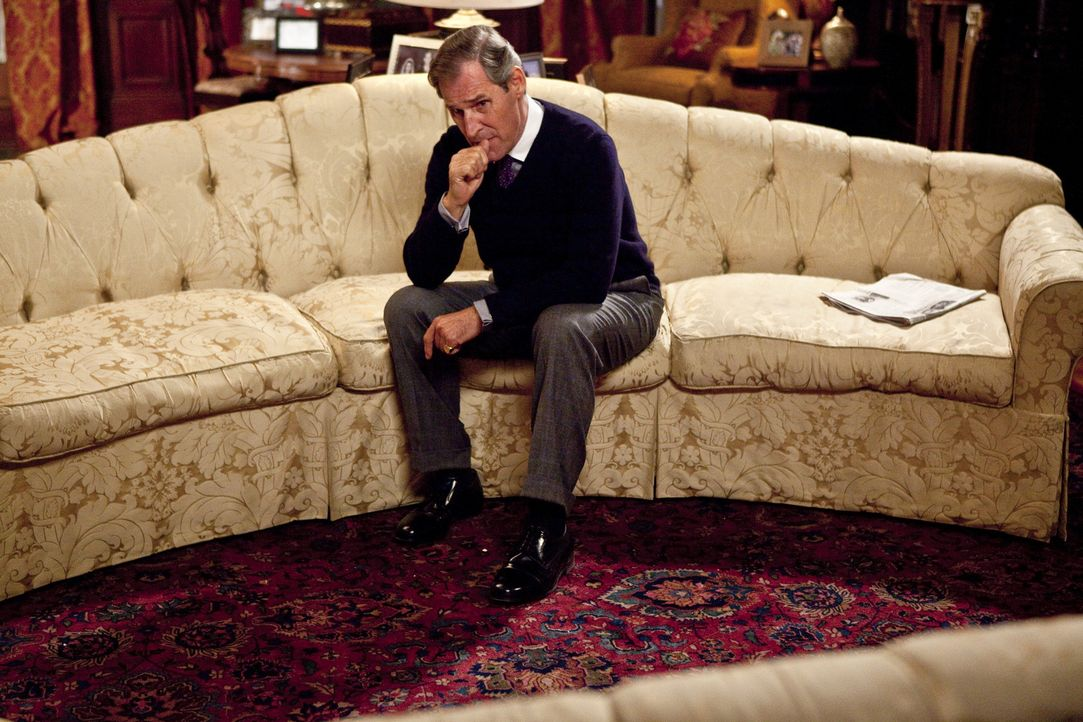 Was hält Prinz Charles (Ben Cross) von den Hochzeitsplänen seines Sohnes? - Bildquelle: The Königsberg Company