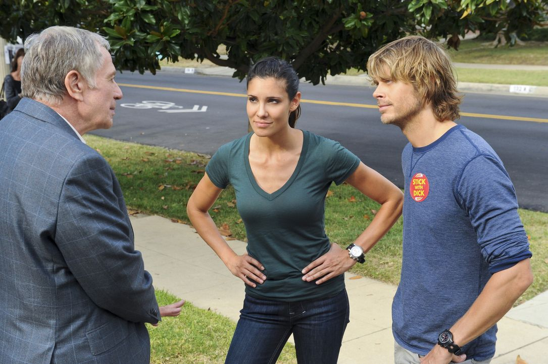 Um einen tragischen Todesfall des Angestellten eines Kandidaten für den US-Senat aufzuklären, beginnen Deeks (Eric Christian Olsen, r.) und Kensi... - Bildquelle: CBS Studios Inc. All Rights Reserved.
