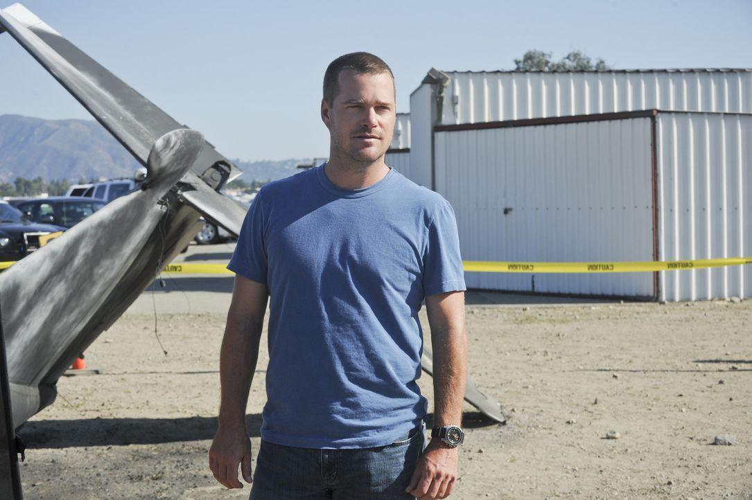 Versucht alles, um einen neuen Fall aufzuklären: Callen (Chris O'Donnell) ... - Bildquelle: CBS Studios Inc. All Rights Reserved.