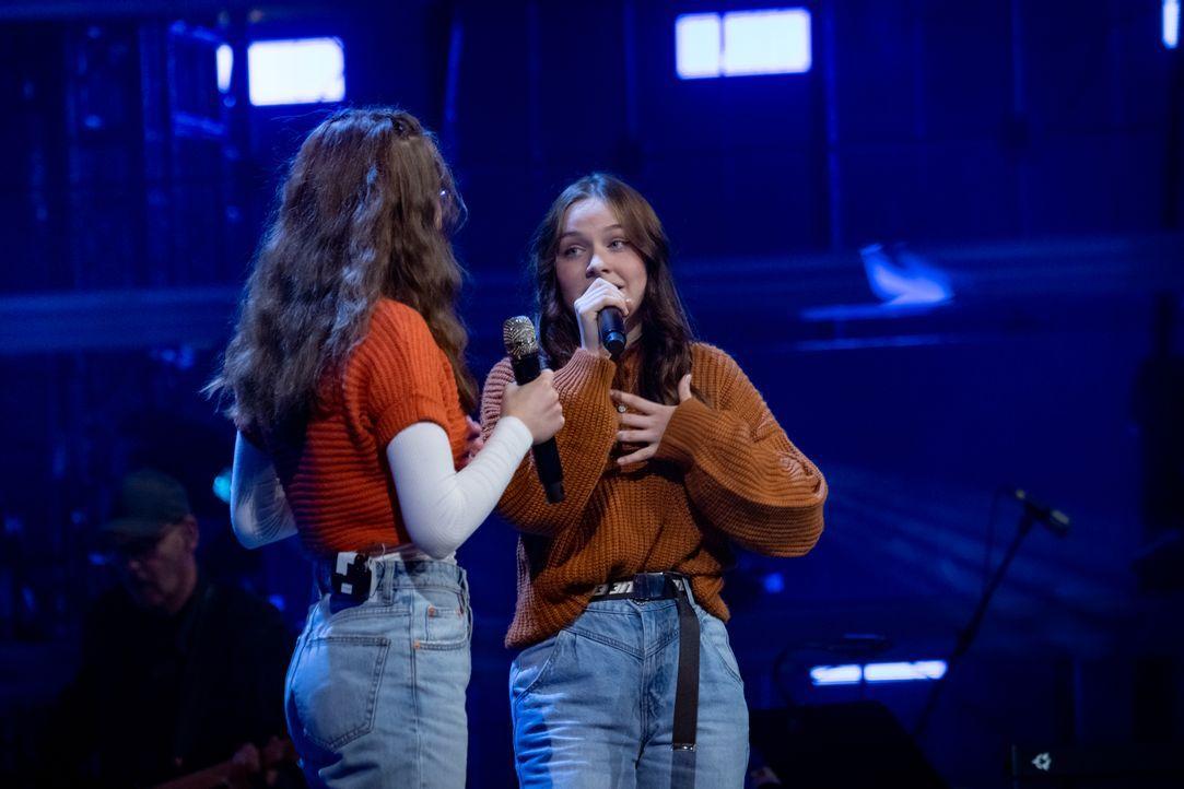 Alicia und Jasmina - Bildquelle: Claudius Pflug SAT.1 / Claudius Pflug