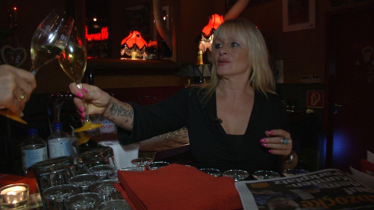 Party, Promille, Profit - ich mach' mein Geld auf St. Pauli. Türsteher, Existenzgründer, Tattoo-Künstler und alte Kiezgrößen - sie alle wollen ein S... - Bildquelle: SAT. 1