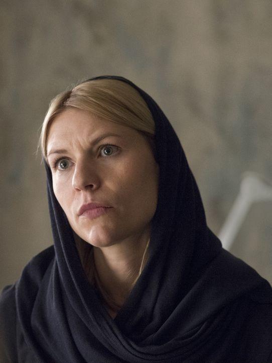 Um den geplanten Anschlag auf Berlin zu verhindern, verfolgt Carrie (Claire Danes) die Spur des Arztes, der Quinn gesund gepflegt hat, bevor er von... - Bildquelle: Stephan Rabold 2015 Showtime Networks, Inc., a CBS Company. All rights reserved.