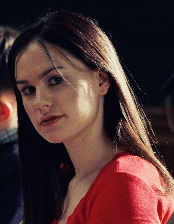 Mary D'Annunzio (Anna Paquin) ahnt nicht, dass sie einen schüchternen Verehrer hat ... - Bildquelle: Touchstone Pictures