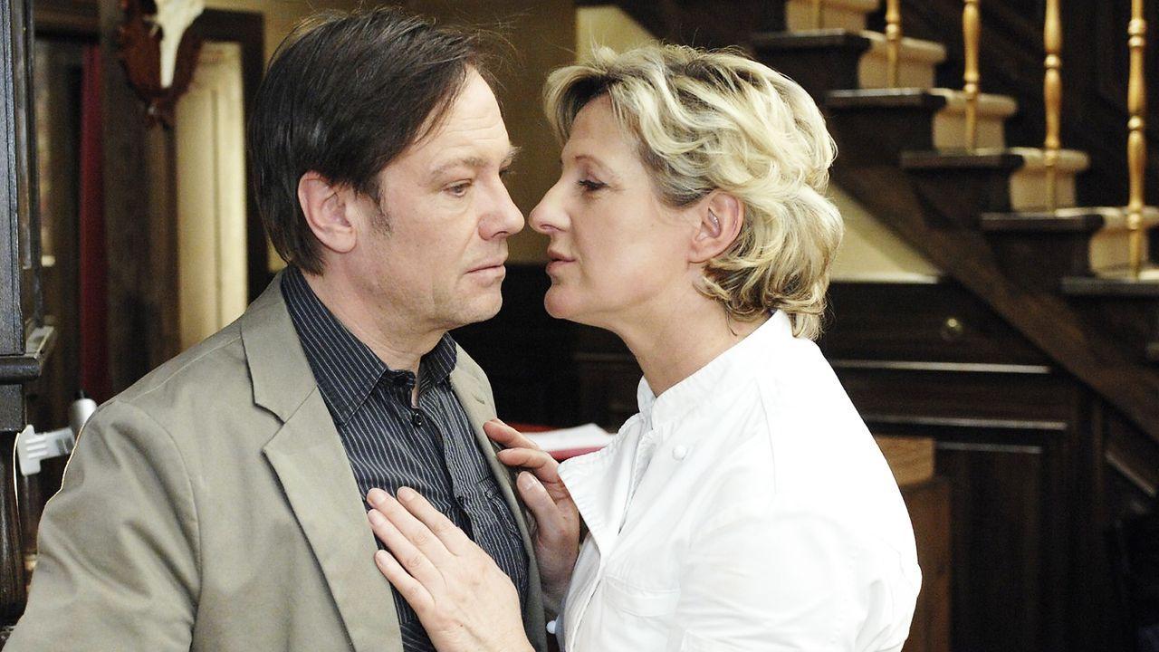 anna-und-die-liebe-Folge-178-04-SAT1-Oliver-Ziebe - Bildquelle: Sat.1/Oliver Ziebe