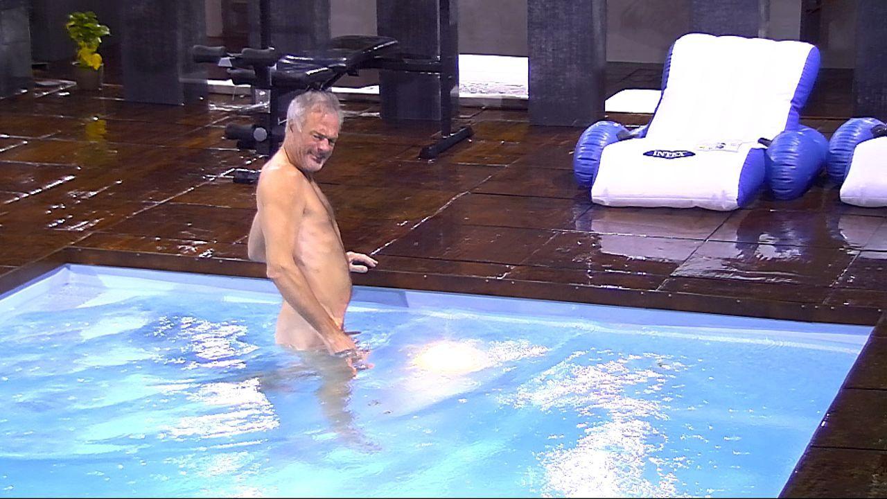 Ronald Pool2