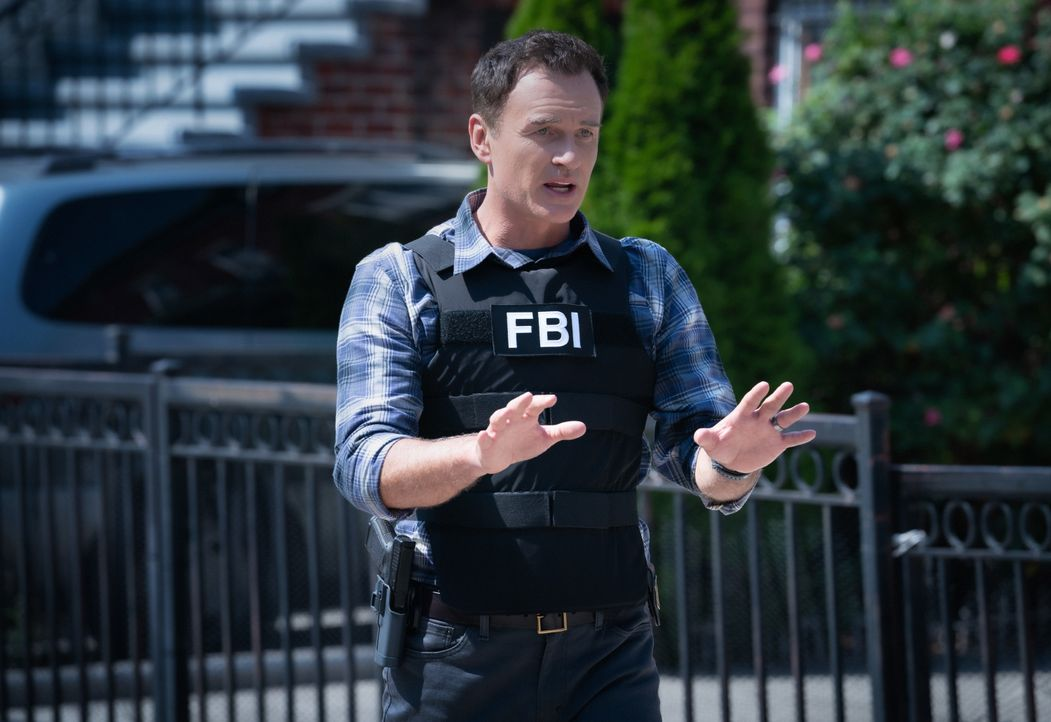 Jess LaCroix (Julian McMahon) - Bildquelle: Mark Schafer 2019 CBS Broadcasting, Inc. All Rights Reserved / Mark Schafer