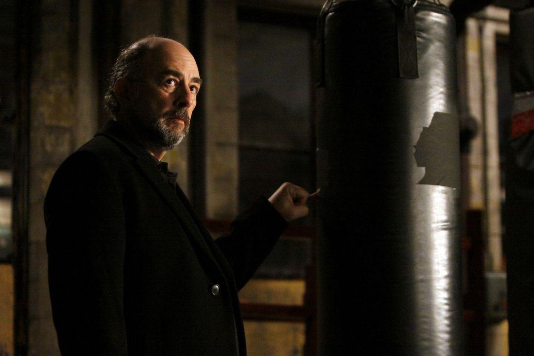 Hat einen besondere Überraschung für Sam Cooper und sein Team: Jack Fickler (Richard Schiff) ... - Bildquelle: ABC Studios
