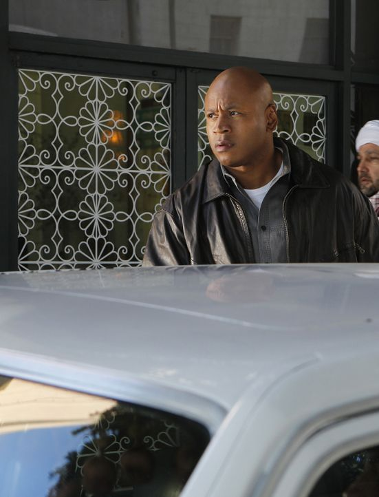 Ermittelt undercover als Hakeem Fayad in Jemen: Sam (LL Cool J) ... - Bildquelle: CBS Studios Inc. All Rights Reserved.