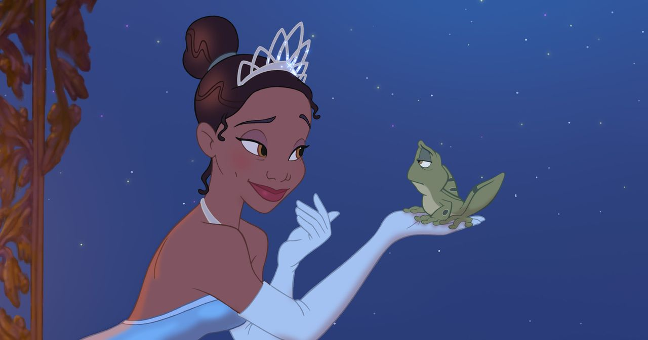 Nachdem Tiana (l.) erfährt, dass sie das Restaurant an einen anderen Bieter verlieren wird, schließt sie einen Deal mit dem Frosch Naveen (r.), der... - Bildquelle: Walt Disney Pictures.  All Rights Reserved.