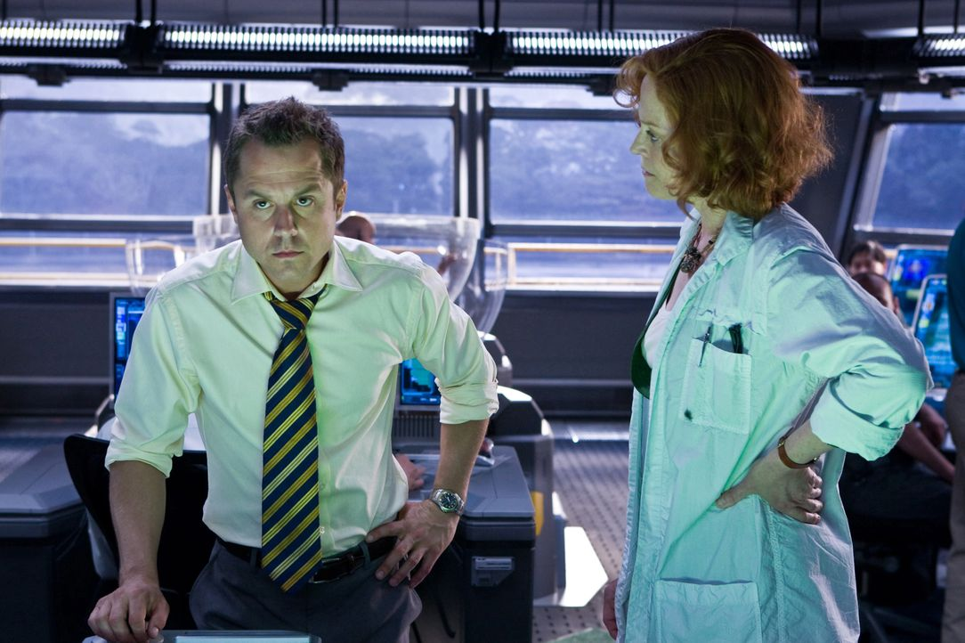 Parker Selfridge (Giovanni Ribisi, l.); Dr. Grace Augustine (Sigourney Weaver, r.) - Bildquelle: Mark Fellman TM & © 2009 Twentieth Century Fox - All Rights Reserved - Not for sale or duplication. / Mark Fellman