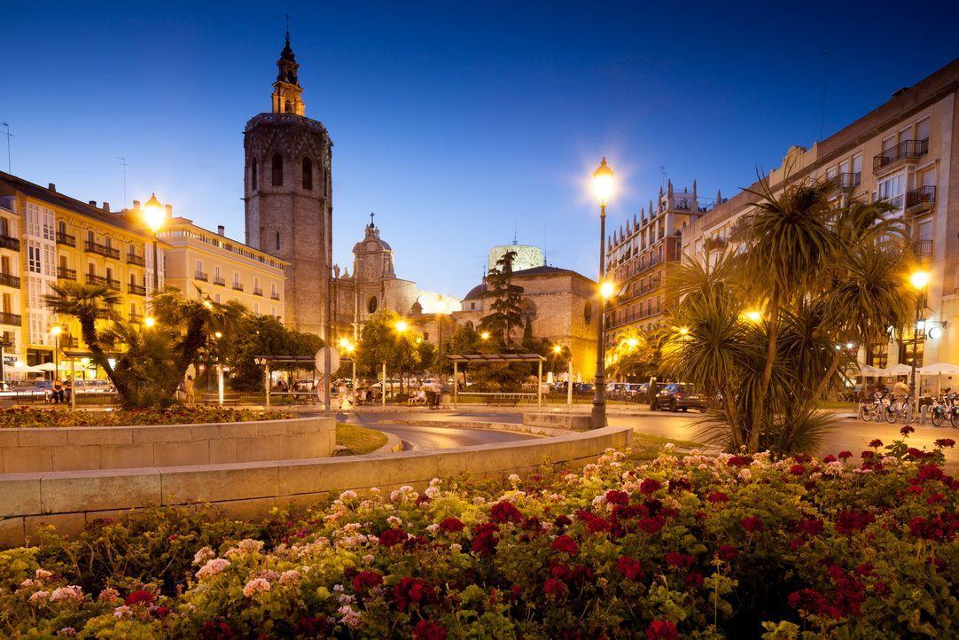 Valencia Spanien Innenstadt Fotolia - Bildquelle: oscity - Fotolia
