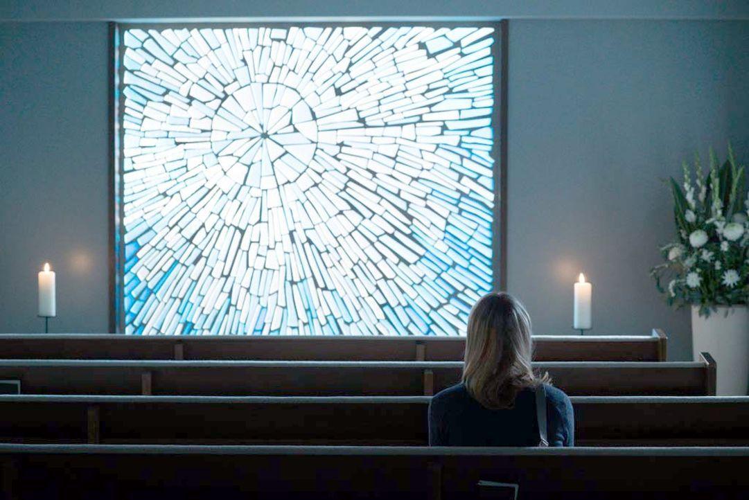 Eine schwere Entscheidung wartet auf Carrie (Claire Danes) ... - Bildquelle: Stephan Rabold 2015 Showtime Networks, Inc., a CBS Company. All rights reserved.