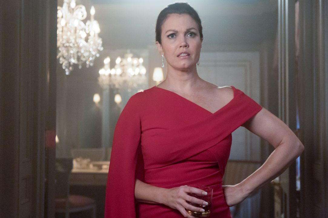 Jessica Whitly (Bellamy Young) - Bildquelle: 2019 Warner Bros. Entertainment Inc. All Rights Reserved.