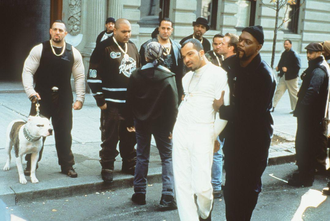 "Obwohl es Shaft (Samuel L. Jackson, r.) gelingt, den Familien freundlichen Gangsterboss Peoples Hernandez (Jeffrey Wright, l.) trotz seines ""Hardcor... - Bildquelle: Paramount Pictures"
