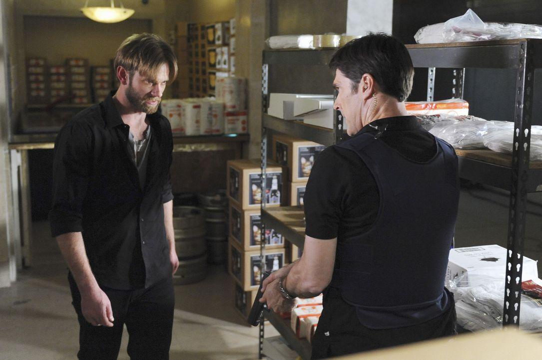 Durch einen Mordfall, trifft Hotch (Thomas Gibson, r.) auf seine Bruder Sean (Eric Johnson, l.). Doch was hat er damit zu tun? - Bildquelle: ABC Studios