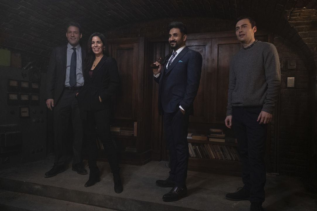 (v.l.n.r.) Ray Prince (Josh Hopkins); Susan Sampson (Ana Ortiz); Jai Datta (Vir Das); Paul (Joe Doyle) - Bildquelle: Dusan Martincek 2018 American Broadcasting Companies, Inc. All rights reserved.