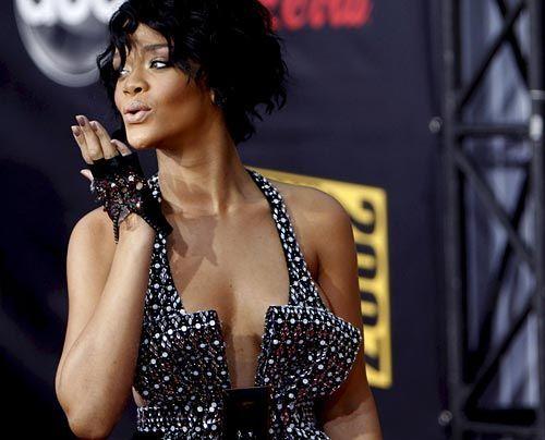 Galerie: Rihanna - Beauty aus Barbados - Bildquelle: dpa