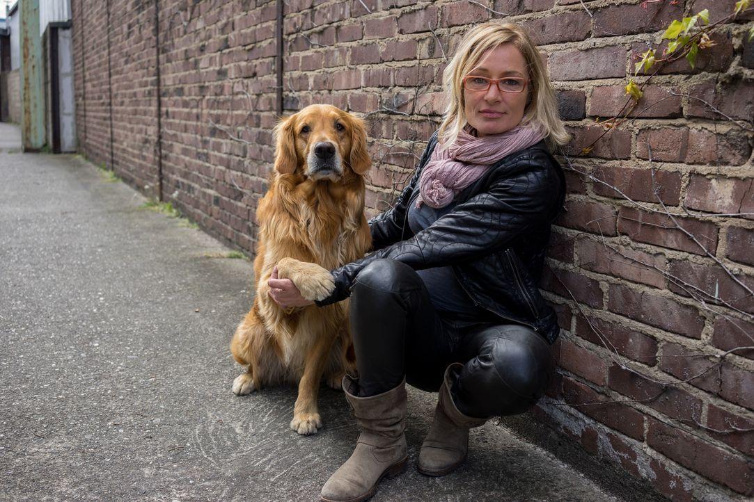 Die Mission des einzigartigen Projekts mit Sabine Hulsebosch (Foto) und Masih Samin: Der Hund bekommt ein neues Zuhause und der Mensch die so dringe... - Bildquelle: SAT.1