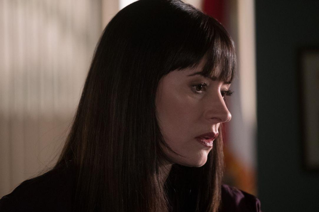 Emily (Paget Brewster) stellt fest, dass der Entführer immer nach dem gleichen Schema vorgeht, dennoch hier etwas nicht ... - Bildquelle: ABC Studios