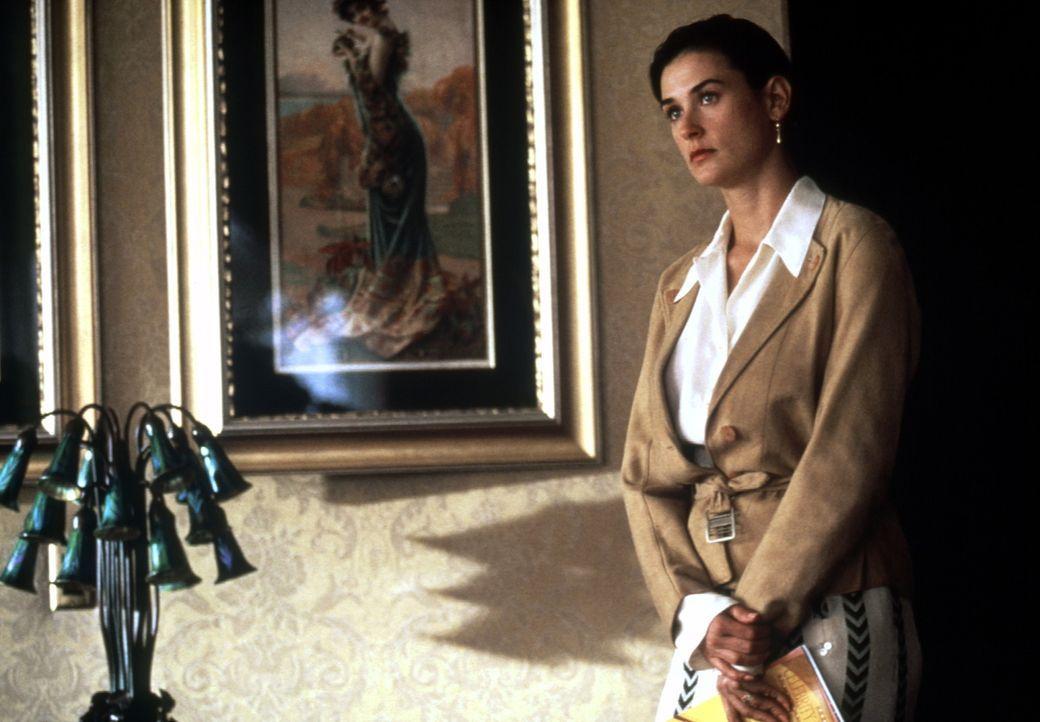 Diana (Demi Moore) ist sich nicht mehr sicher, ob sie das unmoralische Angebot wirklich annehmen soll ... - Bildquelle: Paramount Pictures