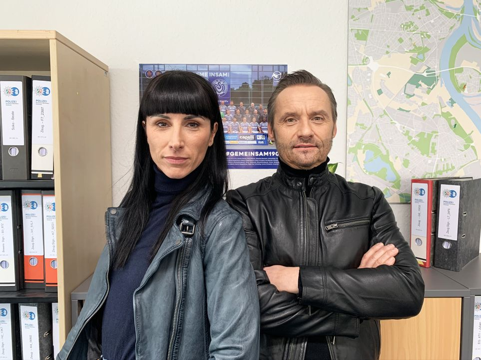 Lara Grünberg (l.); Bernie Kuhnt (r.) - Bildquelle: Nicole Adolph SAT.1 / Nicole Adolph