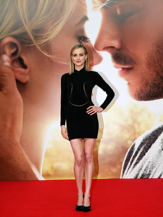 the-lucky-one-premiere-berlin-12-04-25-02-2011-Warner-Bros-Ent - Bildquelle: 2011 Warner Bros. Ent.