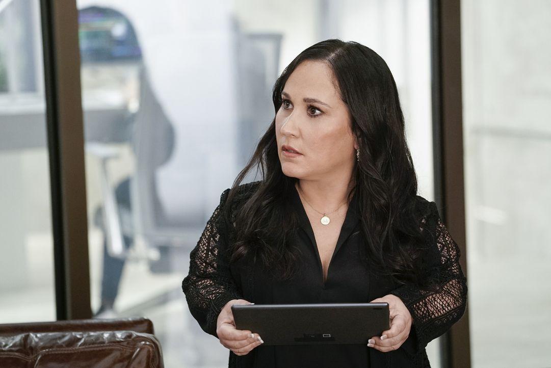 Matty (Meredith Eaton) ist schockiert, als sie erfährt, dass MacGyver die Phoenix-Foundation verlassen will. Ob sie ihn noch umstimmen kann? - Bildquelle: Jace Downs Jace Downs/CBS   2018 CBS Broadcasting, Inc. All Rights Reserved.