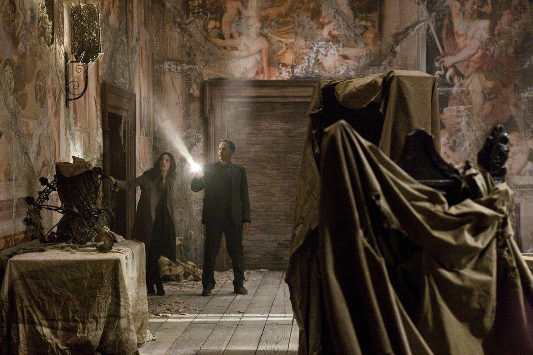 """Während die Weltöffentlichkeit auf den Vatikan schaut und auf """"weißen Rauch"""" hofft, entführt ein Fanatiker vier der aussichtsreichen Papst-Kandi... - Bildquelle: 2009 Columbia Pictures Industries, Inc. All Rights Reserved."""