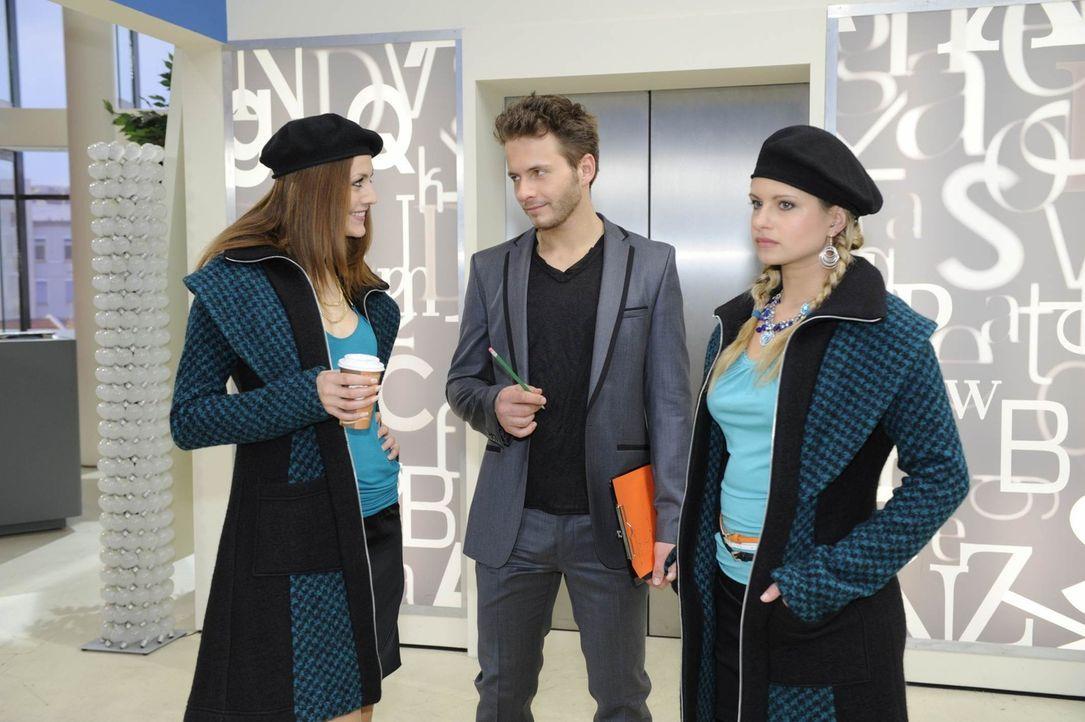 Enrique fordert von Mia, sich endlich durchzusetzen. (v.l.n.r.) Jessica Kramer (Fiona Erdmann), Enrique Vegaz (Jacob Weigert) und Mia (Josephine Sch... - Bildquelle: SAT.1