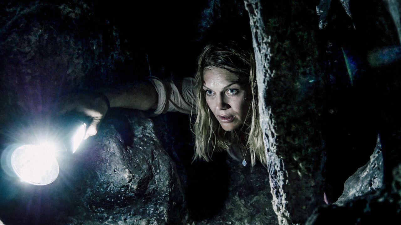 Um Max zu retten, riskiert Anna (Anna Loos) alles ... - Bildquelle: Hans-Joachim Pfeiffer SAT.1